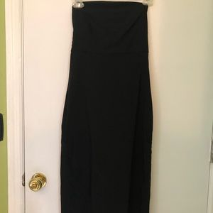 Strapless LBD Express size 4